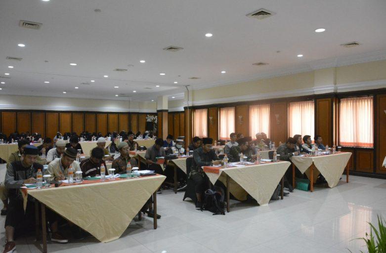 Diharapkan Menjadi Wadah Bagi Calon Penulis Hebat, Rijal Riset STDIIS Jember Gelar Seminar