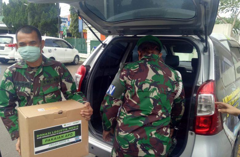 Pandemi Belum Usai, STDIIS Jember Sumbang APD Untuk RS DKT Jember